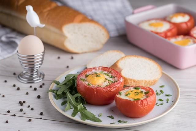 Vajíčka zapékaná v rajčatech