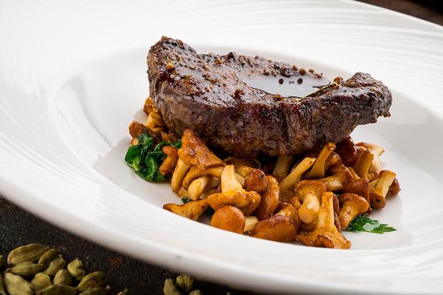 Jelení steak s liškami